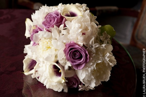 Top New Wedding Bouquet Trends for 2012