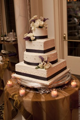 Wedding Cakes: Top New Trends for Weddings 2012