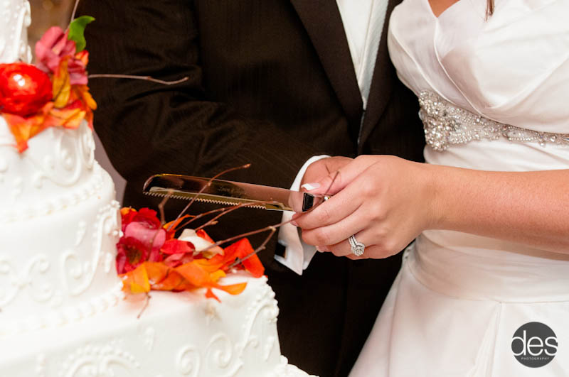 When To Cut The Wedding Cake During Your Reception