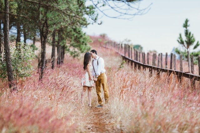 Wedding Trends: How To Plan The Best Engagement Photo Shoot