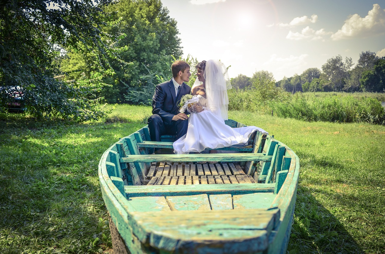 Wedding Themes: Boat Weddings